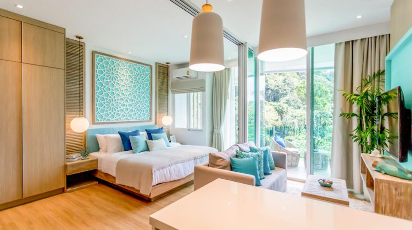 easy_living_phuket_invesrment_hight_return_property_thailand_condo_between_2_beaches_on_island_ready_for_sell__kamala_livingroom